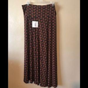 "LulaRoe ""Maxi"" burgundy/black skirt 2XL,po"